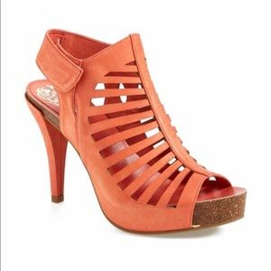 Vince Camuto Poseidon Leather Heels Coral NEW 7.5